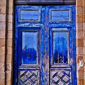 BLLLLLLUE DOOR.JPG
