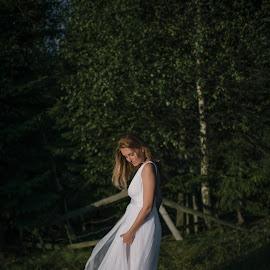 Diana by Daniel Toader - Wedding Bride