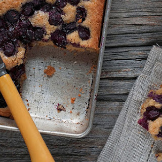 Blueberry-Sour Cream Coffee Cake