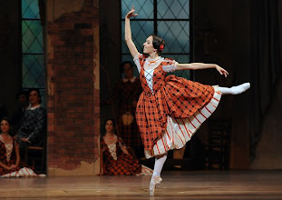 Photo: WIENER STAATSOPER: LA SYLPHIDE - Ballettpremiere am 26.10.2011. Nachstellung der Originalversion durch Manuel Legris.  Nina Polakova. Foto: Barbara Zeininger.