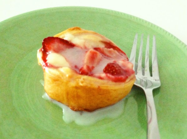 Strawberry Cream Cheese Danishes Recipe