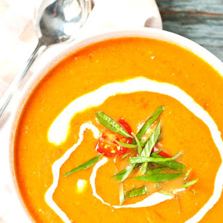 Quick and Fresh Tomato Basil Soup