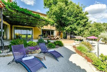 villa à Roussillon (84)