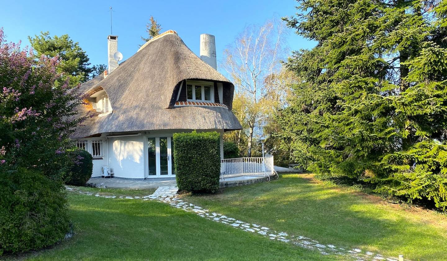 House with garden and terrace Chambery