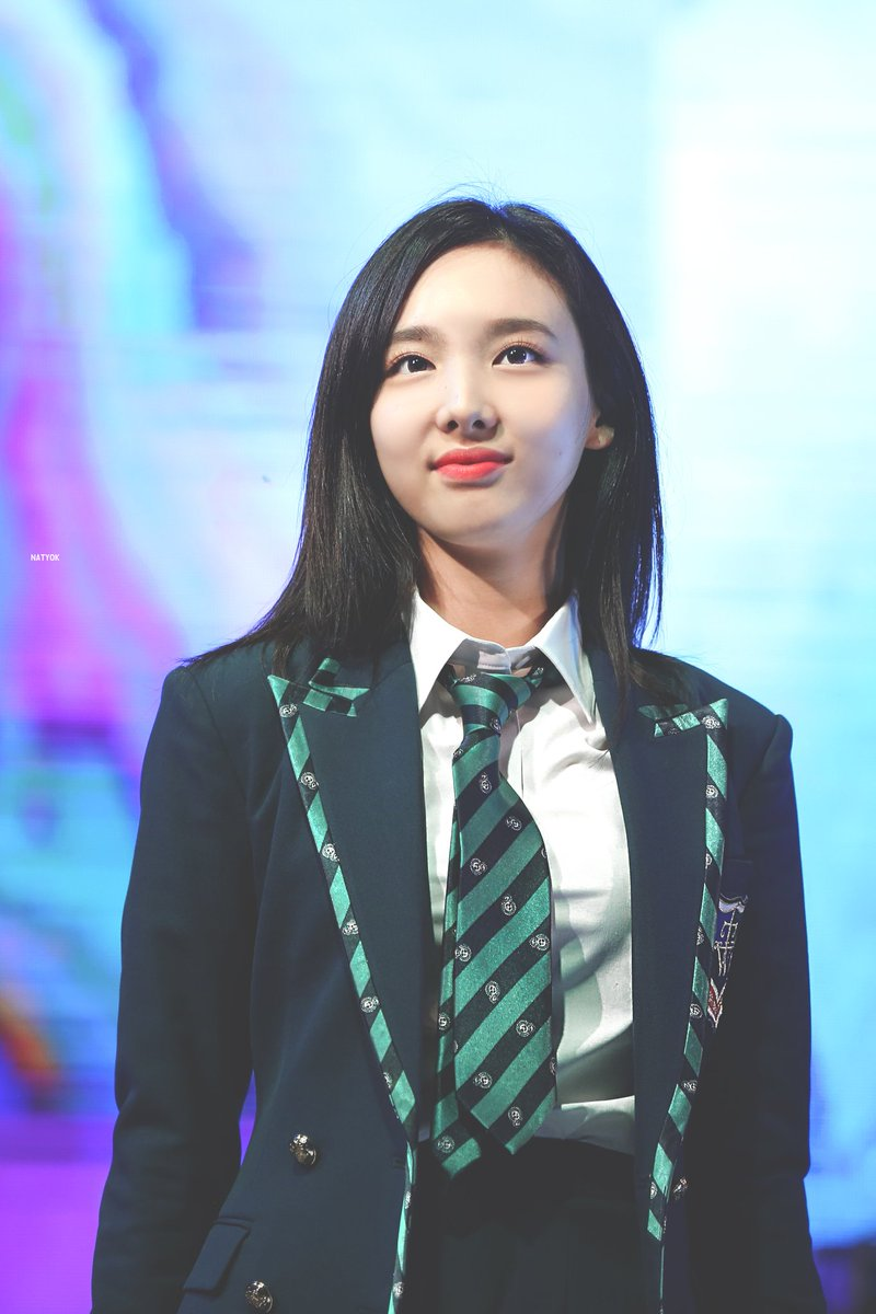nayeon uniform 17