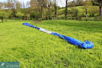 Photo: L'art d'emballage d'une montgolfière.
