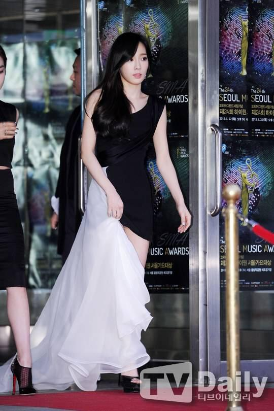 taeyeon gown 13