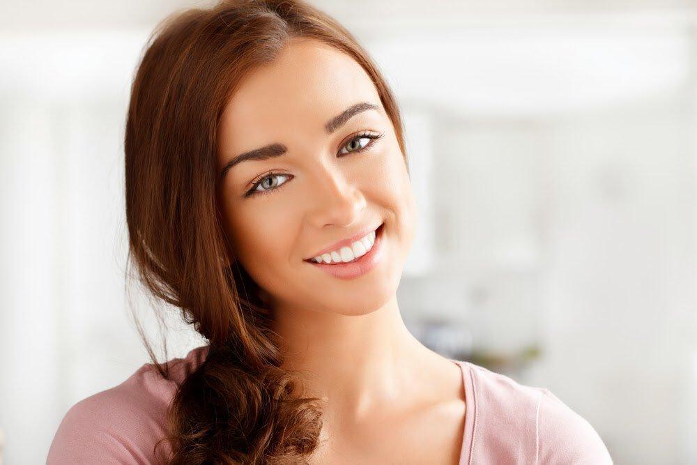 при домашно избелване на зъби, разчитайте на продукти с утвърдено име и стандарт за качество и безопасност, като тези на Crest