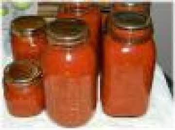 Tangy Spaghetti Sauce for Canning