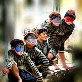 by Den Ayu - Babies & Children Child Portraits