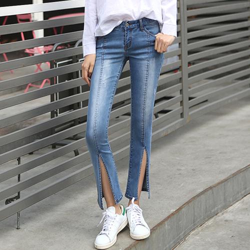 Phối Áo sơ mi + quần jeans skinny + giày thể thao 55
