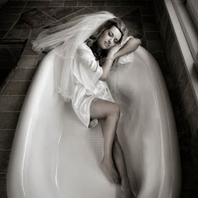 Danielle by Cesar Palima - Wedding Bride