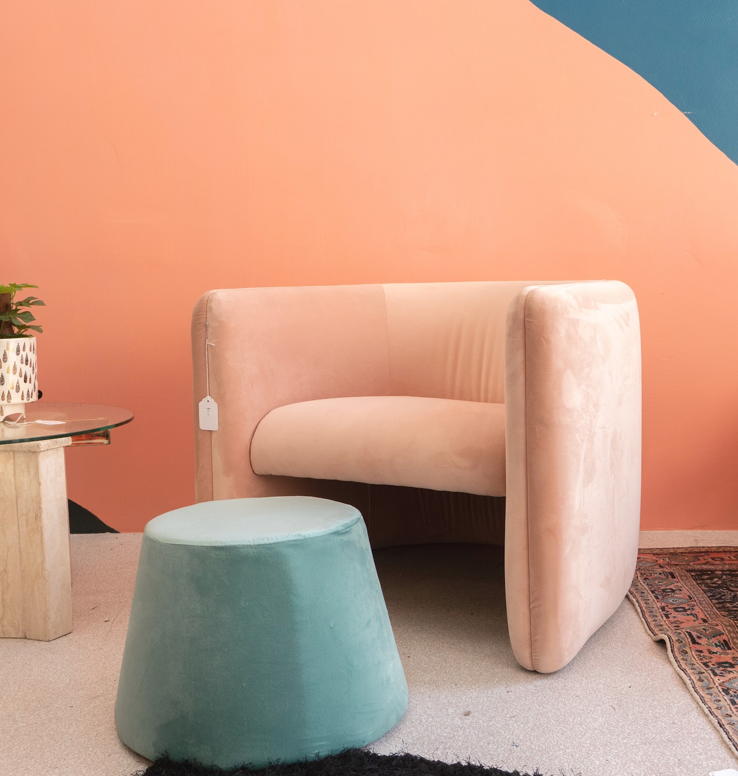 Feature The Best Places To Buy Furniture In La This Summer The