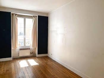 Studio 24,44 m2