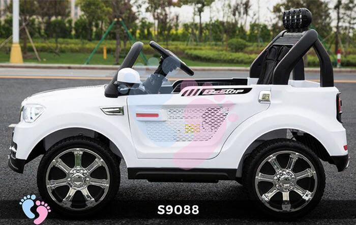 Ô tô điện trẻ em S9088 có 4 động cơ 12