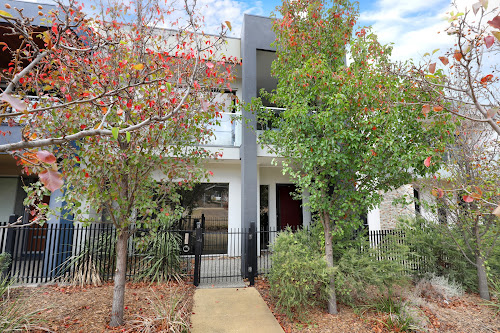 Photo of property at 19 Coppin Lane, Caroline Springs 3023