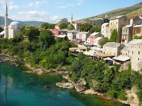 Photo: Mostar , Mostar, Rézművesek utcája, Mostar, Hercegovina, A Neretva partja