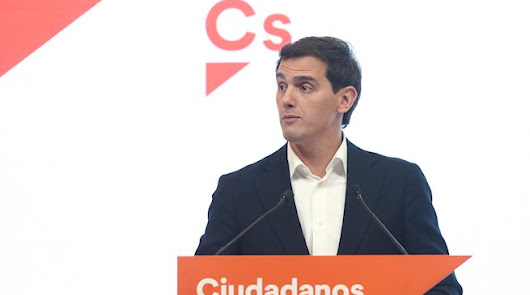 Rivera durante su comparecencia.