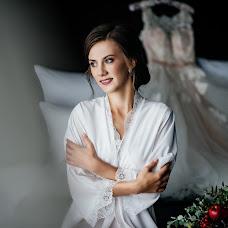 Wedding photographer Roman Zhdanov (Roomaaz). Photo of 14.12.2017