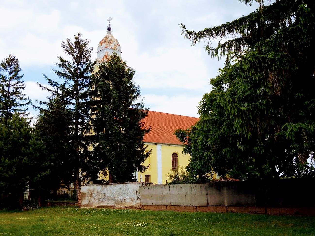 Pápoc - Legszentebb Megváltó rk. templom
