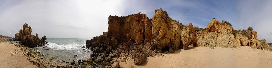 Photo: Portugal, Algarve, Praia de Sao Rafael