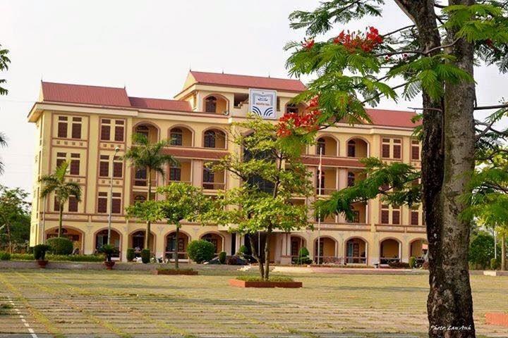 Kết quả hình ảnh cho chuyên Nguyễn Trãi