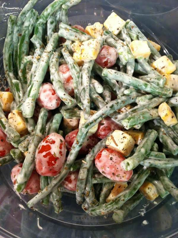 Green Beans, Tomatoes And Cheese Salad