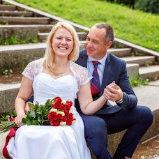 Wedding photographer Yuliya Zavalishina (Luljo). Photo of 25.12.2016