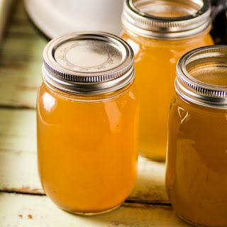 Overnight Slow Cooker Chicken Stock