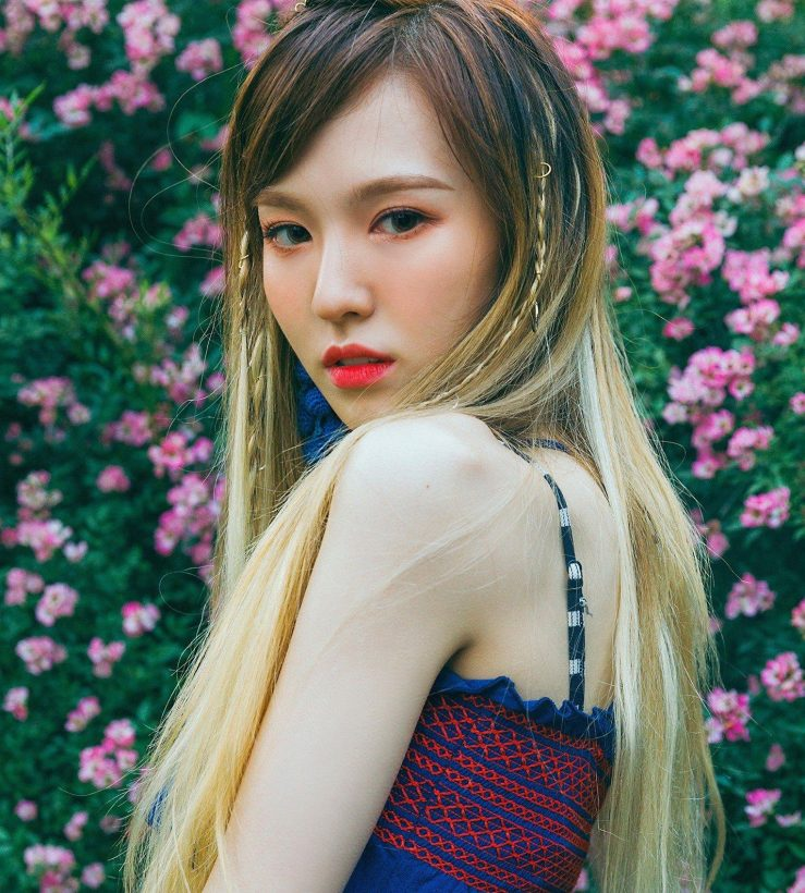 1-red-velvet-wendy-drunk-blush-739x820