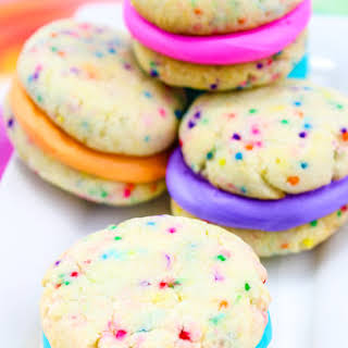 Easy Rainbow Whoopie Pies!.