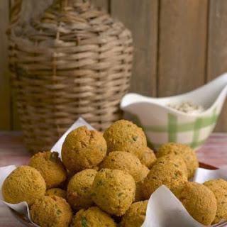 Spiced Lentil Balls with Peanut Dip