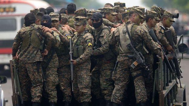 qué está pasando en El Salvador