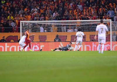 """Zizou remercie Thibaut Courtois, """"le sauveur"""" du Real et défend Eden Hazard"""