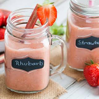 Rhubarb Strawberry Smoothie.