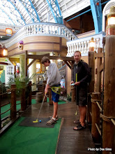 Photo: (Year 3) Day 25 - In the Mini Golf #2