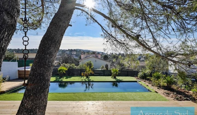 Villa avec piscine et terrasse Carnoux-en-Provence