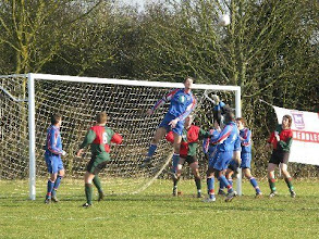 Photo: 06/03/10 v Mendlesham (Suffolk Junior Cup S-F) 5-3aet contributed by Leon Gladwell