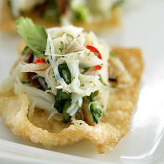 Crab on Crispy Wonton Chips.