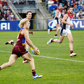 On the Burst by Darryl Scott - Sports & Fitness Australian rules football ( daniel, rich, dazscott photography, afl, gabba )