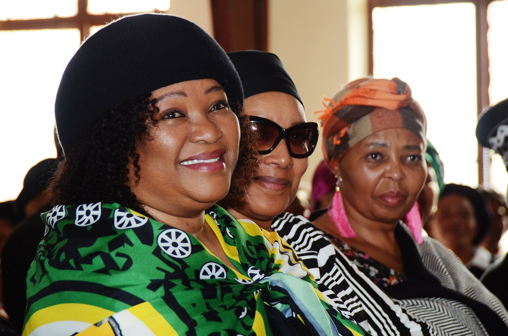 Mandela family taking Zindzi's death 'very hard': family pastor - TimesLIVE
