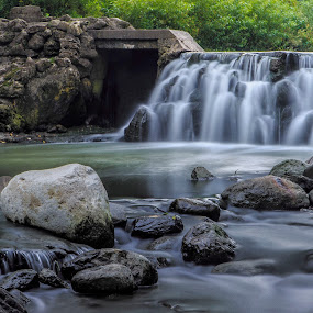Edwards Gardens Waterfall by Ralph Sobanski - Landscapes Waterscapes ( water, canada, toronto, falls, edwards gardens, river )