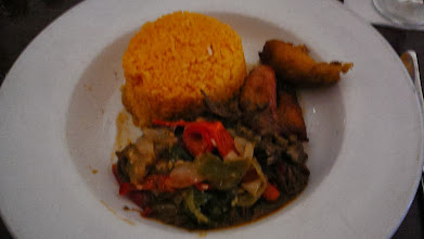 Photo: Beef with peppers, yellow rice, and fried plantains. This did not turn out too well.