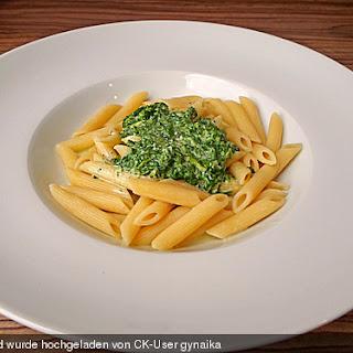 Penne mit Spinat-Gorgonzola-Sauce
