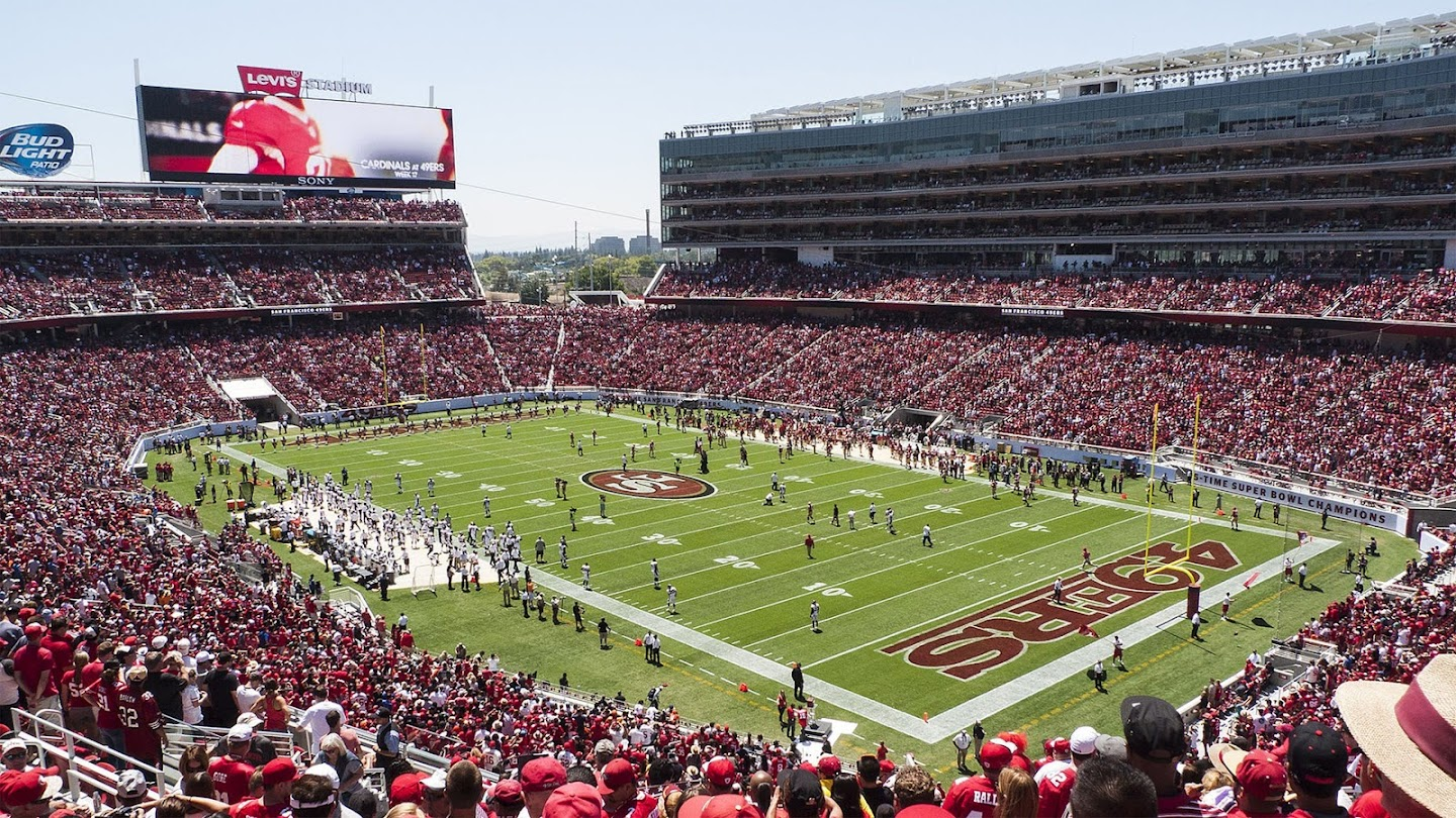 Watch San Francisco 49ers: Championship Contender live