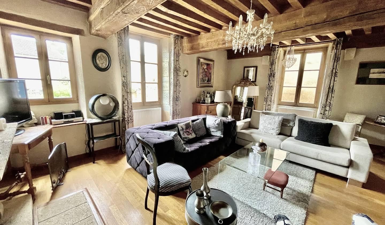 Maison avec jardin et terrasse Charolles