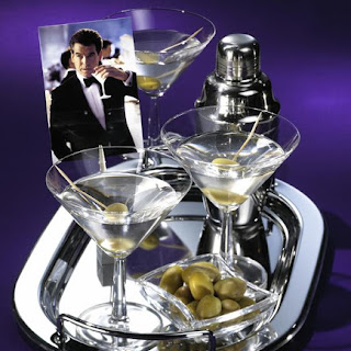 'James Bond' Martini cocktail
