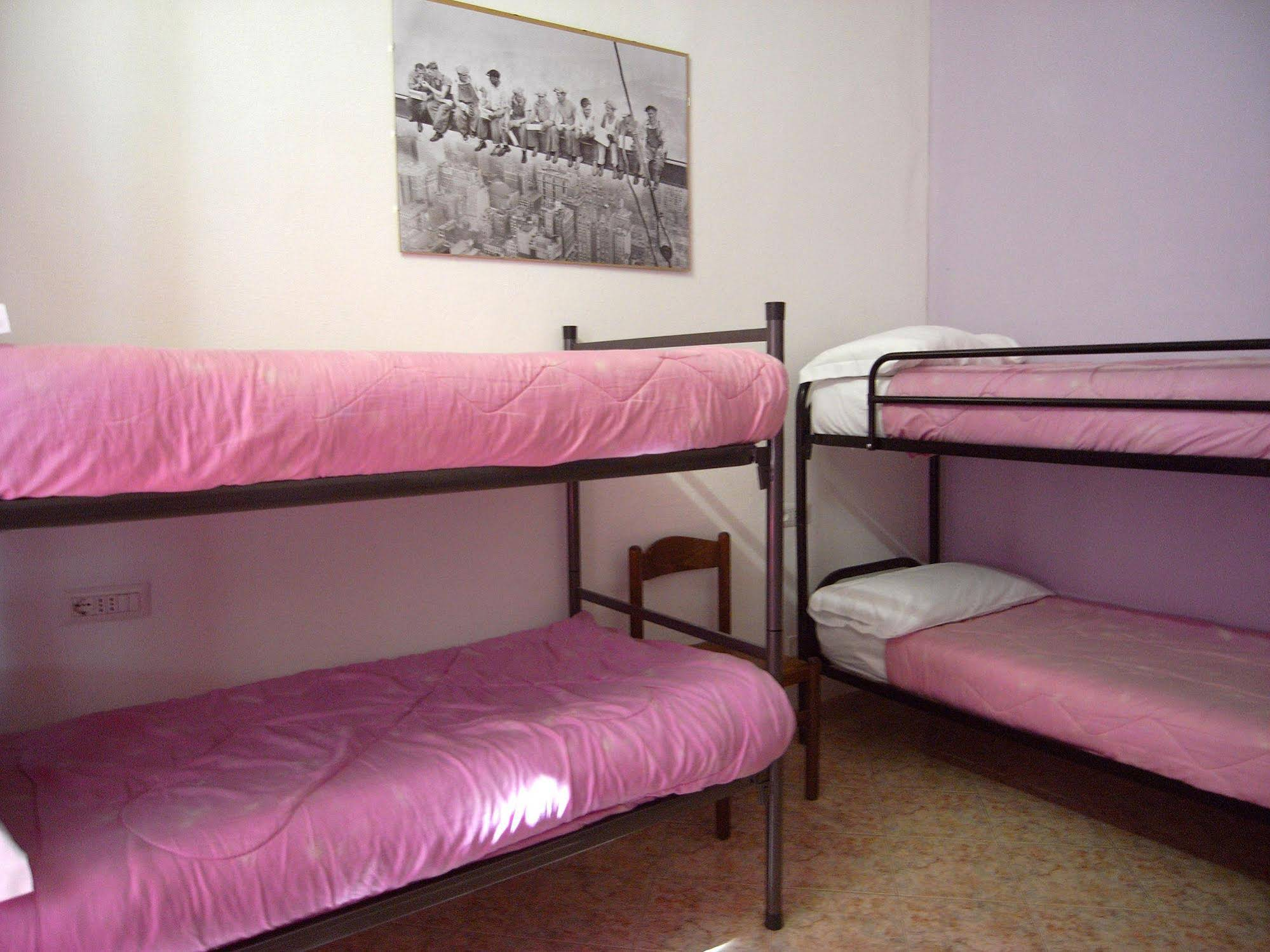Hostel California Milano