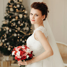 Wedding photographer Yuliya Safikhanova (safikhanova). Photo of 14.02.2016