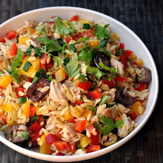 Orzo Salad with Chicken, Bell Peppers, & Olives Recipe